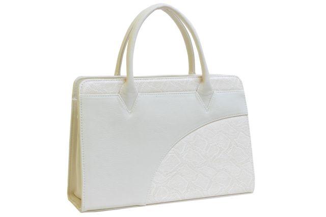 1642 сумка женская бежевая с отделкой